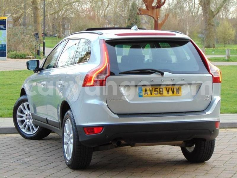 Big with watermark 2009 volvo xc60 d5 se lux awd 2