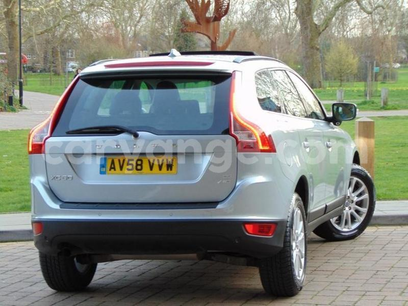 Big with watermark 2009 volvo xc60 d5 se lux awd 3