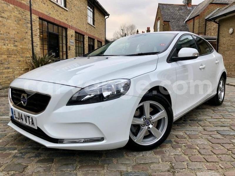 Big with watermark 2014 volvov40 1.6 d2 es powershift 5dr