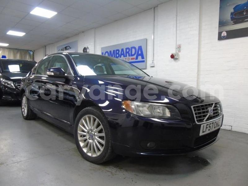 Big with watermark 2014 volvo s80
