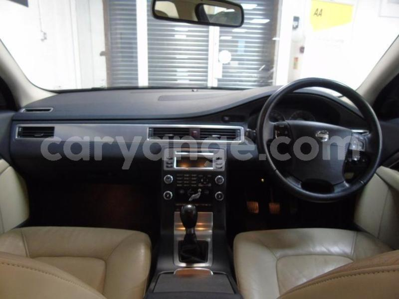 Big with watermark 2014 volvo s80 3