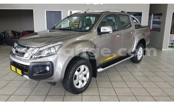 Buy Used Isuzu KB Brown Car in Windhoek in Namibia