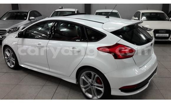 Buy Used Ford Fiesta ST White Car in Walvis Bay in Namibia