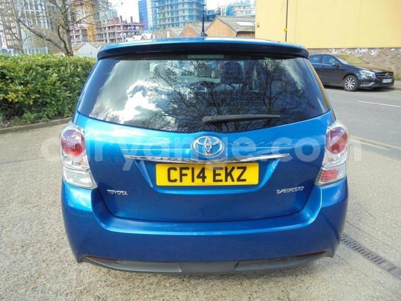 Big with watermark 2014toyotaverso 3