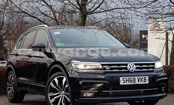 Buy Used Volkswagen Tiguan Black Car in Karasburg in Karas