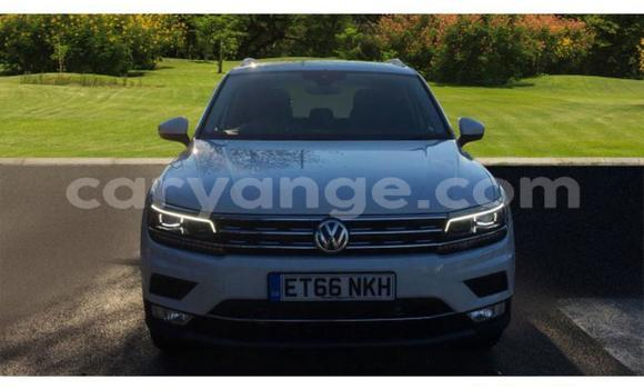 Buy Used Volkswagen Tiguan White Car in Windhoek in Namibia