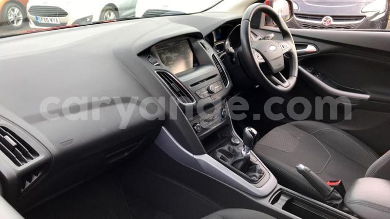 Big with watermark 2016 ford focus 1.0 ecoboost 125 zetec 5dr. 6