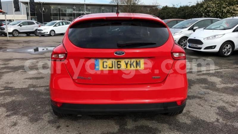 Big with watermark 2016 ford focus 1.0 ecoboost 125 zetec 5dr. 3