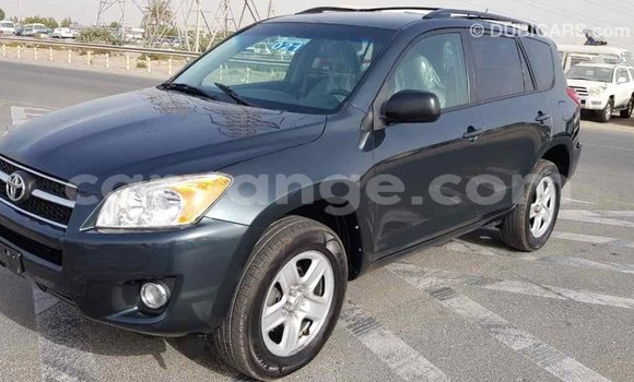 Buy Import Toyota 4Runner Green Car in Import - Dubai in Namibia