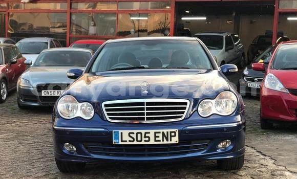 Medium with watermark 2005 mercedesc class c180k avantgarde se 2