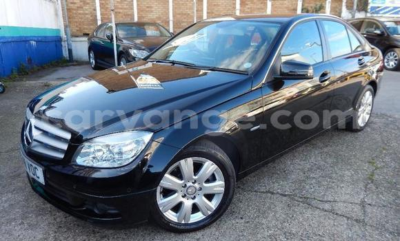 Medium with watermark 2011 mercedes c200 cdi blueefficiency executive