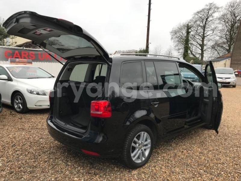 Big with watermark 2011 volkswagen touran se tdi dsg 7