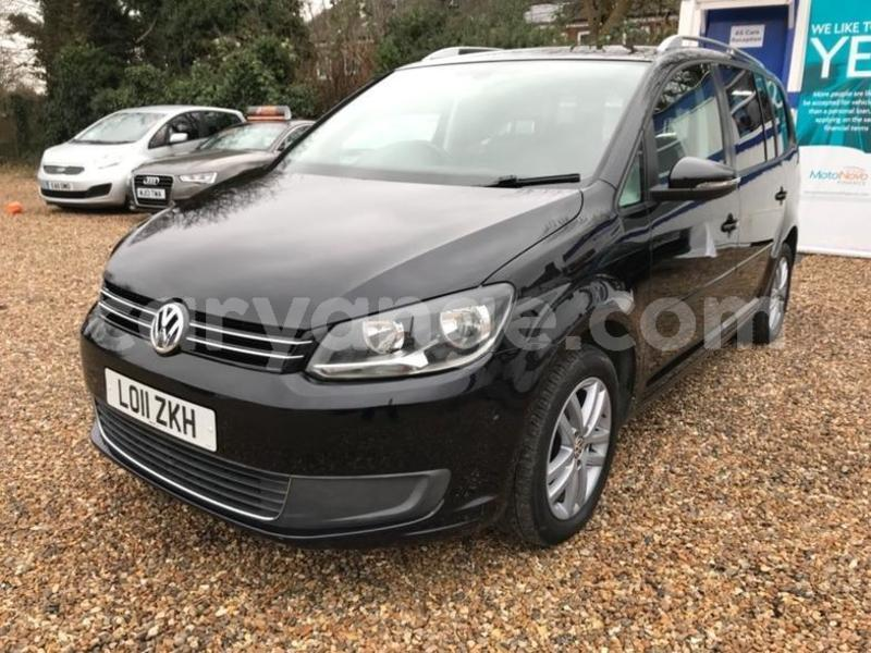 Big with watermark 2011 volkswagen touran se tdi dsg 2