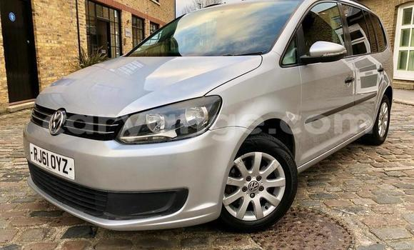 Buy Used Volkswagen Touran Silver Car in Grootfontein in Namibia