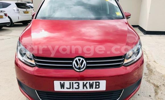 Buy Used Volkswagen Touran Red Car in Windhoek in Namibia