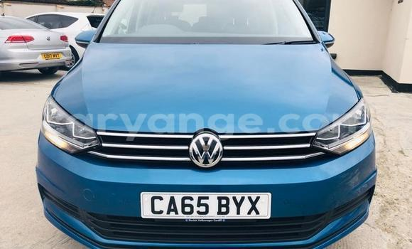 Buy Used Volkswagen Touran Blue Car in Leonardville in Omaheke