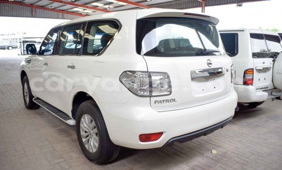 Buy Import Nissan Patrol White Car in Import - Dubai in Namibia