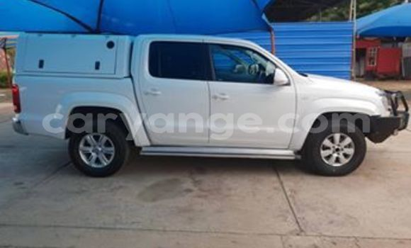 Buy Used Volkswagen Amarok White Car in Ondangwa in Oshikoto