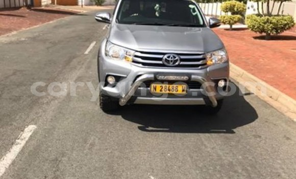 Buy Used Toyota Hilux Silver Car in Ondangwa in Oshikoto