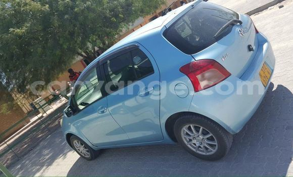 Buy Used Toyota Vitz Blue Car in Oshakati in Namibia