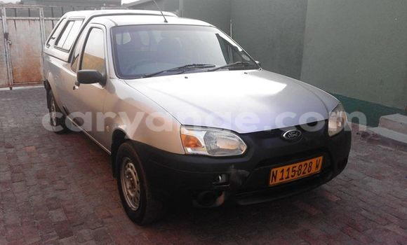 Buy Used Ford Club Wagon Black Car in Windhoek in Namibia
