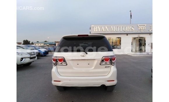 Buy Import Toyota Fortuner White Car in Import - Dubai in Namibia