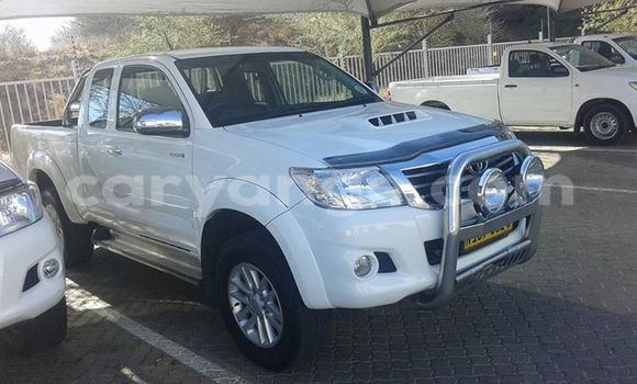 Buy Used Toyota Hilux Black Car in Windhoek in Namibia