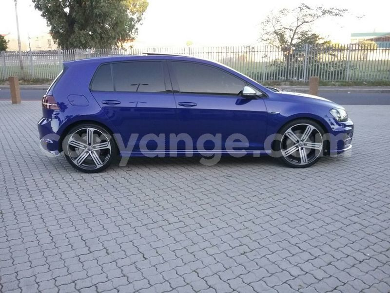 Big with watermark 2014 volkswagen golf 8
