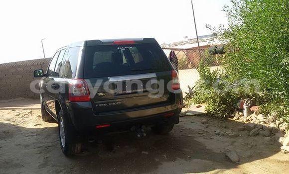 Buy Used Land Rover Defender Black Car in Windhoek in Namibia