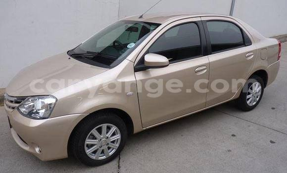 Buy Used Toyota Epsun Black Car in Windhoek in Namibia