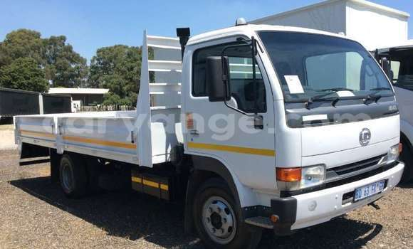 Buy Used Nissan UD White Truck in Windhoek in Namibia