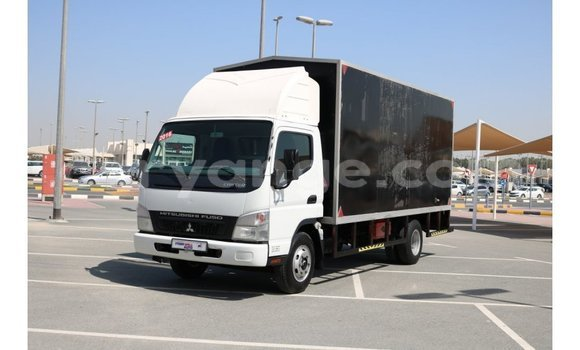 Buy Import Mitsubishi Carisma Black Car in Import - Dubai in Namibia