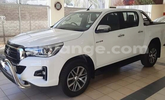 Buy Used Toyota Hilux White Car in Arandis in Kunene