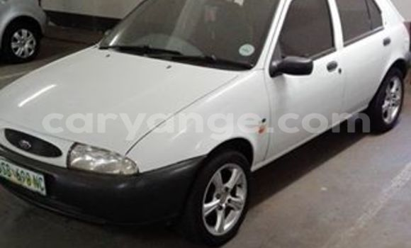 Buy Used Ford Fiesta White Car in Windhoek in Namibia