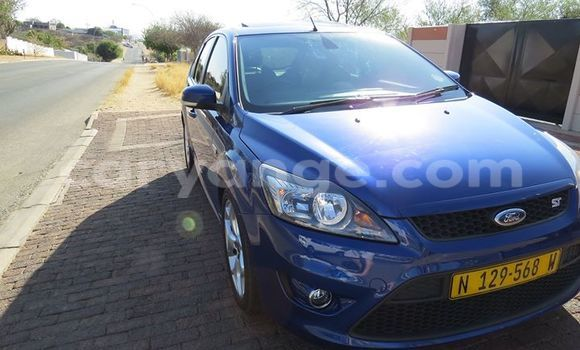 Buy Used Ford Focus Blue Car in Windhoek in Namibia