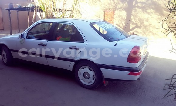 Buy Used Mercedes‒Benz 200 White Car in Windhoek in Namibia