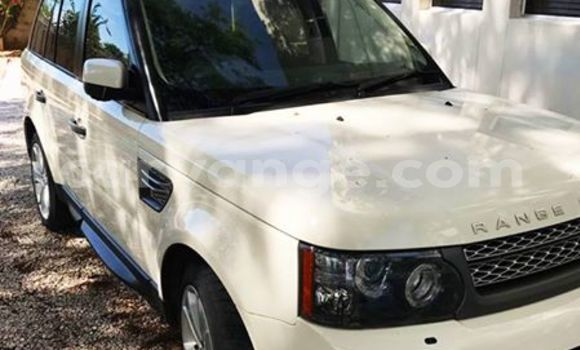 Buy Used Land Rover Range Rover White Car in Windhoek in Namibia