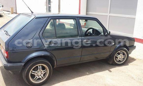 Buy Used Volkswagen Golf Black Car in Windhoek in Namibia