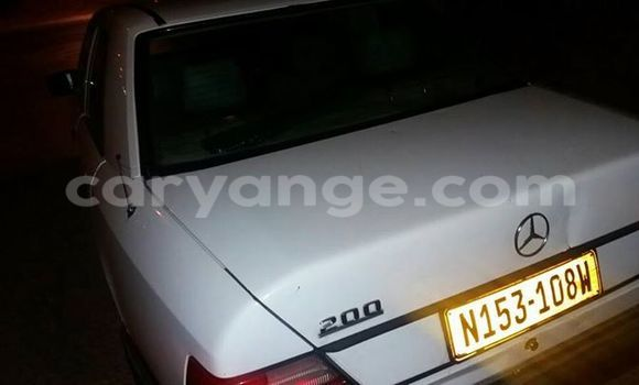 Buy Used Mercedes-Benz 200 White Car in Windhoek in Namibia
