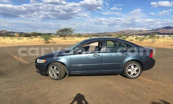 Buy Used Volvo S40 Black Car in Windhoek in Namibia