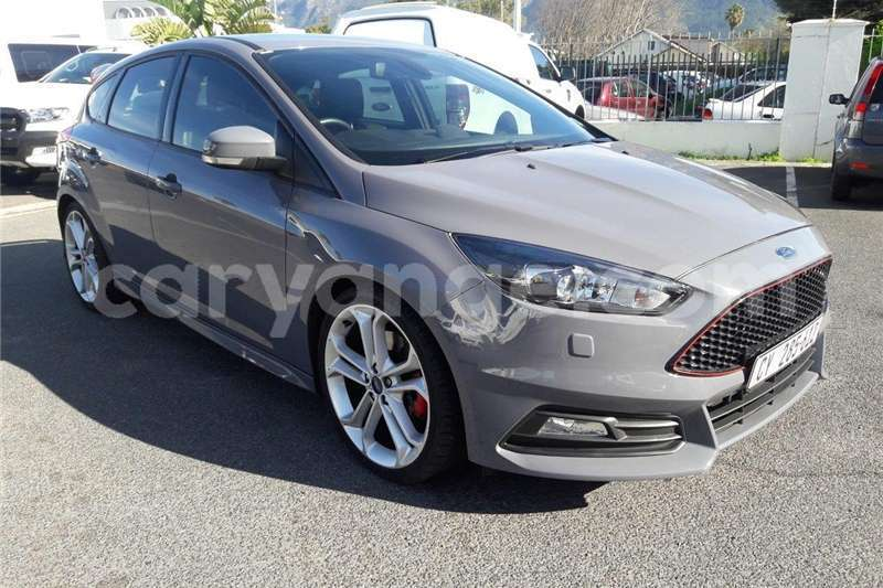 Big with watermark ford st focus 2016 id 58074399 type main