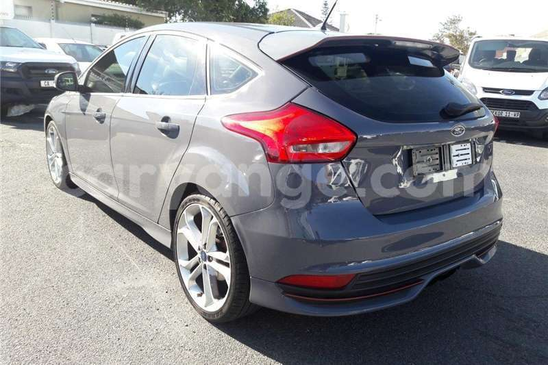 Big with watermark ford st focus 2016 id 58074403 type main
