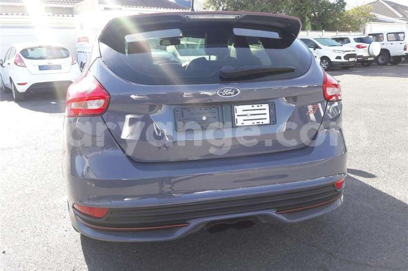 Big with watermark ford st focus 2016 id 58074404 type main