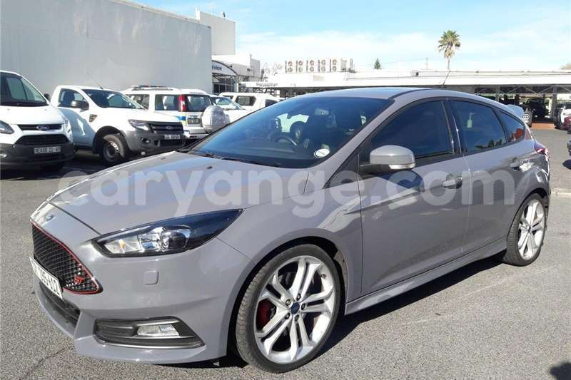 Big with watermark ford st focus 2016 id 58074401 type main