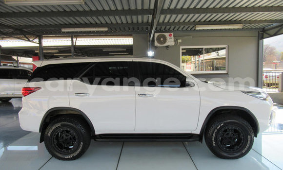 Medium with watermark 2018 toyota fortuner 2.8gd 6