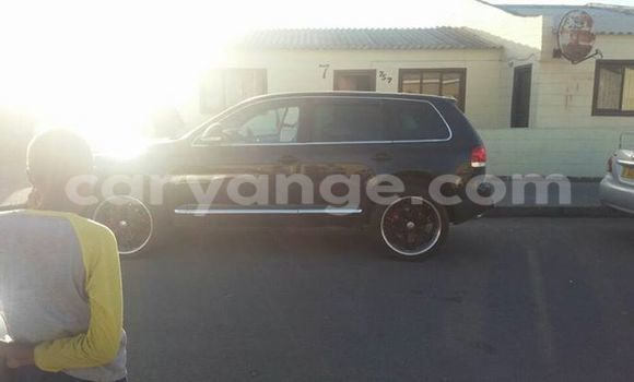 Buy New Volkswagen Touareg Black Car in Windhoek in Namibia
