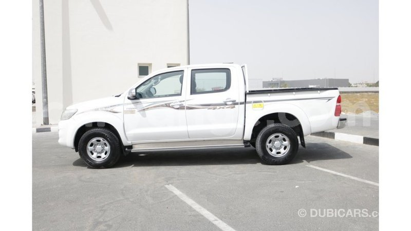 Big with watermark toyota hilux namibia import dubai 8776