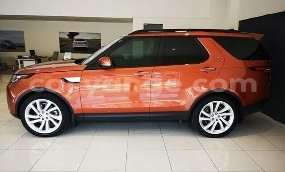Medium with watermark land rover discovery karas bethanien 8842