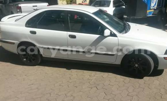 Buy Used Volvo S40 White Car in Windhoek in Namibia