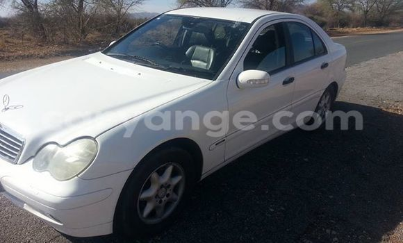 Buy Used Mercedes‒Benz C–Class White Car in Windhoek in Namibia